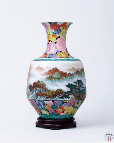 庆祝中华人民共和国成立70周年,景德镇、醴陵两大瓷都首次合作《盛世辉煌》中国尊