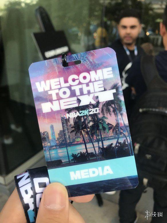 《NBA2K20》洛杉矶发售现场直击封面球星安东尼、韦德亲临助阵