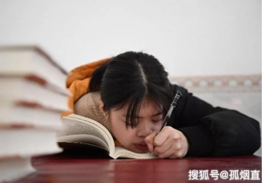 原创独臂女孩考上211大学研究生梦想是当一个好老师