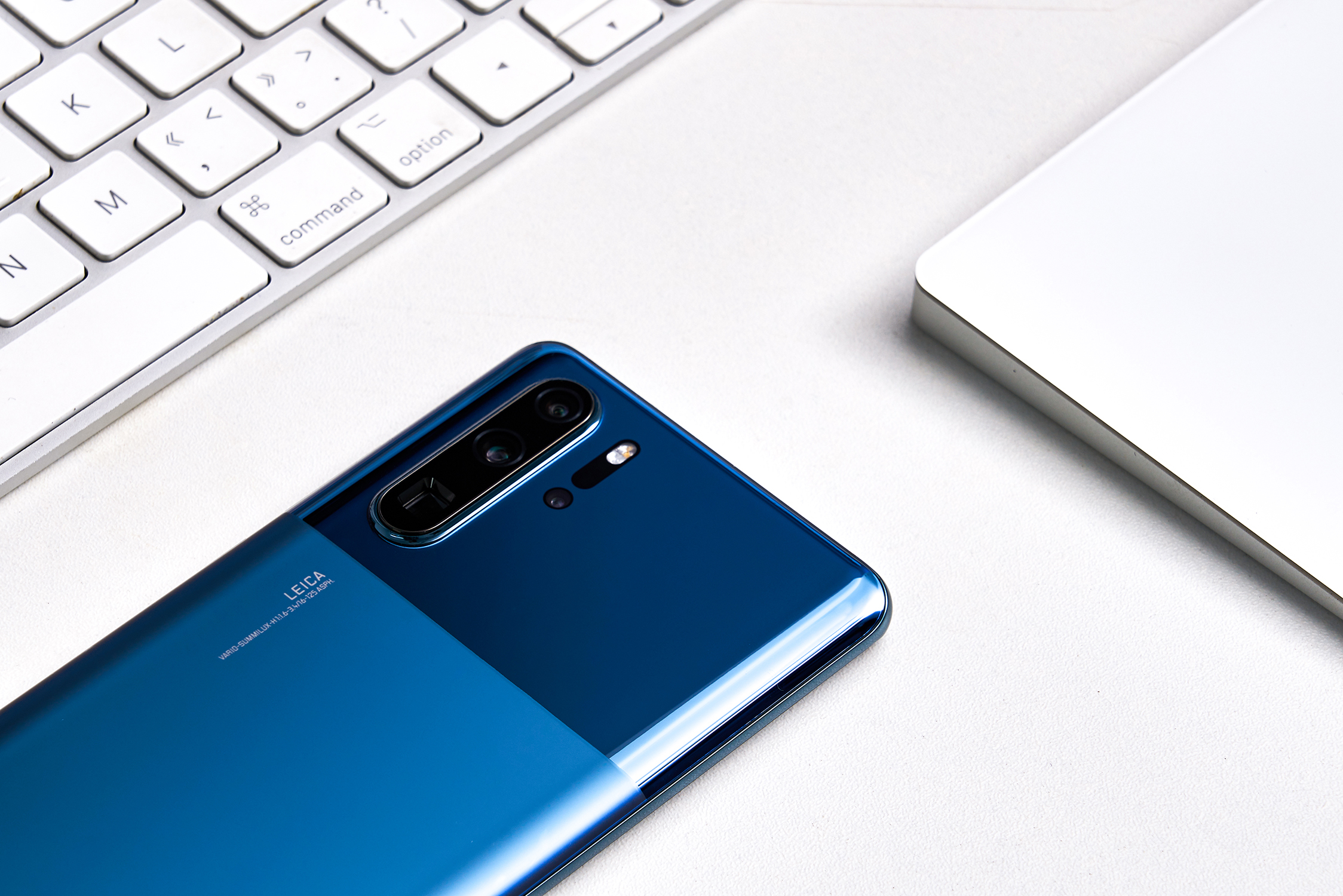 P30 Pro墨玉蓝图赏:拼接设计,率先支持EMUI10的照片 - 3