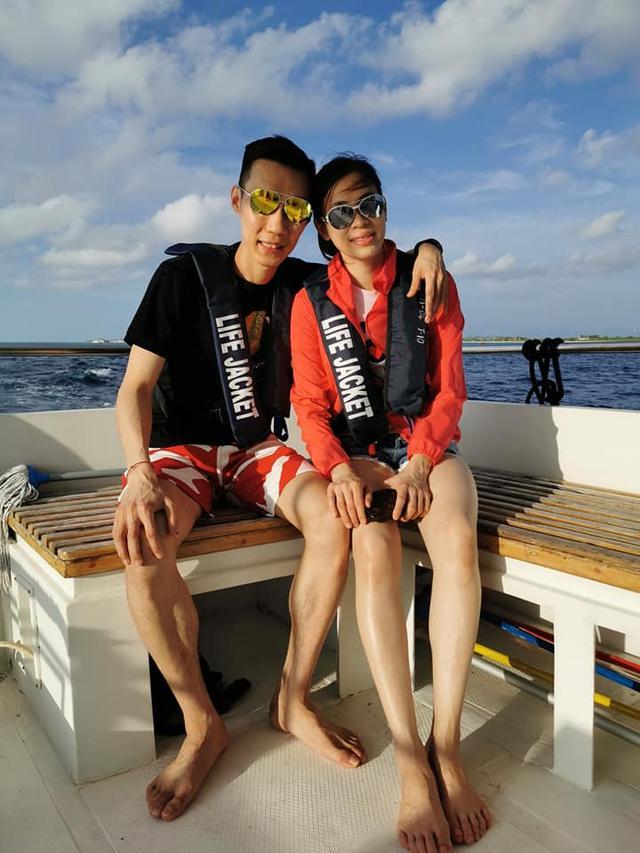 这是最纯粹的旅游李宗伟携妻游圣托里尼马国羽坛伉俪秀恩爱