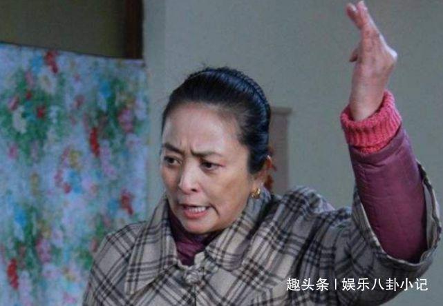 原创三婚嫁老外,曾扬言不嫁中国人的李勤勤,如今带日本儿子回国捞金
