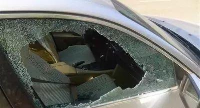 """疯狂作案20余起!菏泽一男子砸车玻璃盗窃财物被刑拘,即将5""""进宫""""!"""