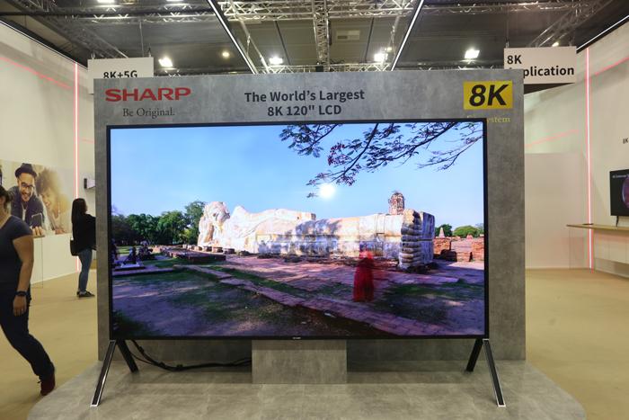 原创IFA2019丨8K时代先行者夏普展示全世界最大的8KLCD电视