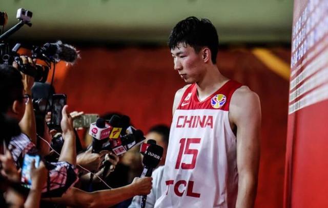 原创周琦发声再遭吐槽!球迷:你的梦魇只有一周,中国男篮却是4年啊