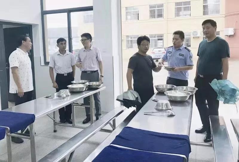 海安市白甸镇开展秋季学校食堂食品安全专项检查