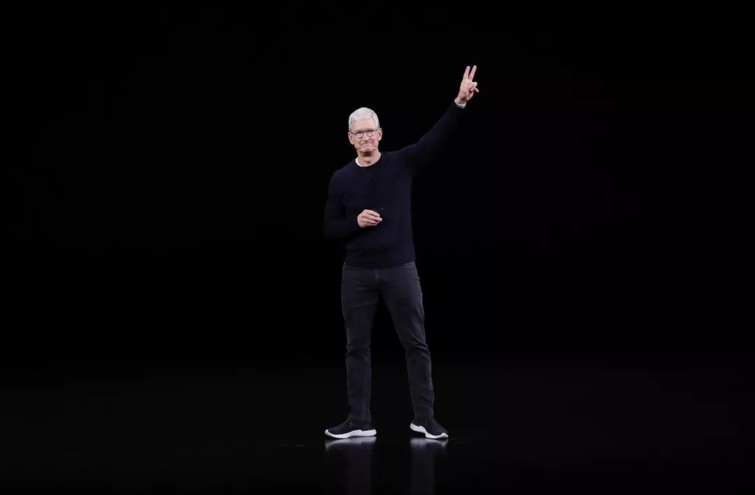 """一场老气横秋的""""科技界春晚"""":iPhone新品缺席5G,""""不涨价""""能收买人心吗?"""