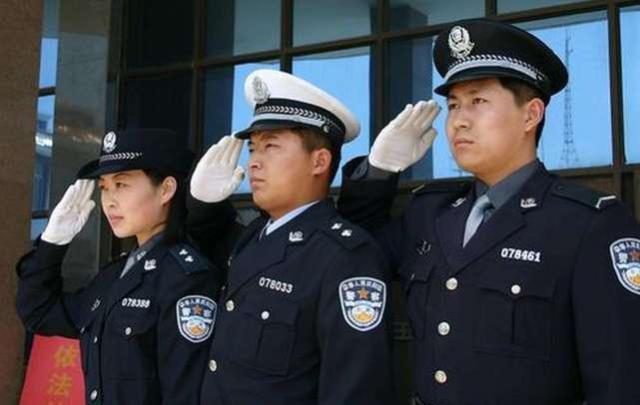 原创并不是人人都适合当警察,这几种家庭的学生,没有被录取的可能