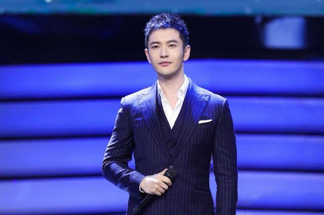 网友太双标?42岁的黄晓明成油腻大叔,而43岁的陈坤还是个美男!