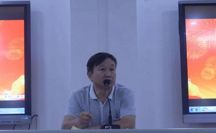 凝聚共识,坚定信念——武冈三中召开八年级教育教学工作会