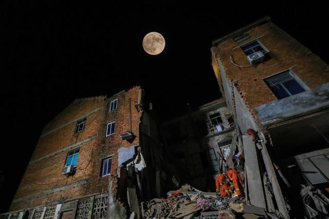 #爆料#常州一民房发生坍塌,一名女住户不幸身亡