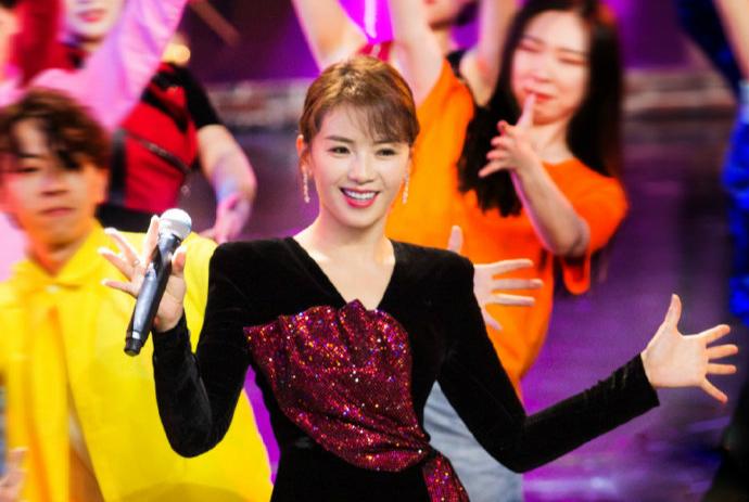 原创北京台《跨界歌王》上演到底播不播,最难堪的却是《跨界喜剧王》
