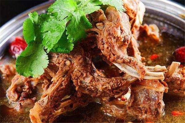 原创火遍全国的羊蝎子火锅配方,大厨为您全面解析,快收藏