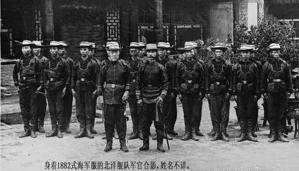 """陶菊隐:袁世凯与大清国的""""新建陆军"""""""