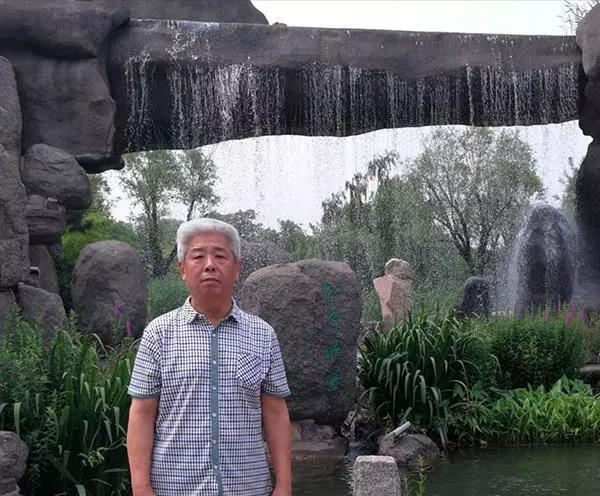 """""""弘扬新时代爱国奋斗精神""""的张兆铼书法家"""