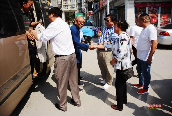 庆祝建国70周年邢台邯郸两地书画联谊会在邢台成功举办书画笔会