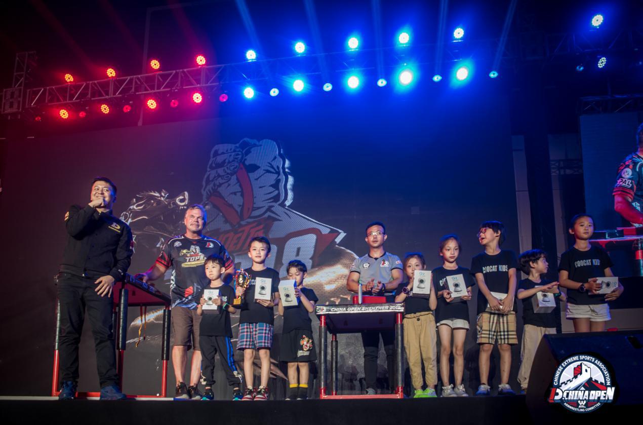 2019年中国斗腕公开赛:万佳安跨界体育营销与世界握手
