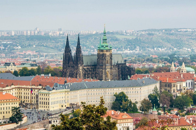 原创全球第一大城堡建筑群:1149年前就开始建,却花1059年才建成