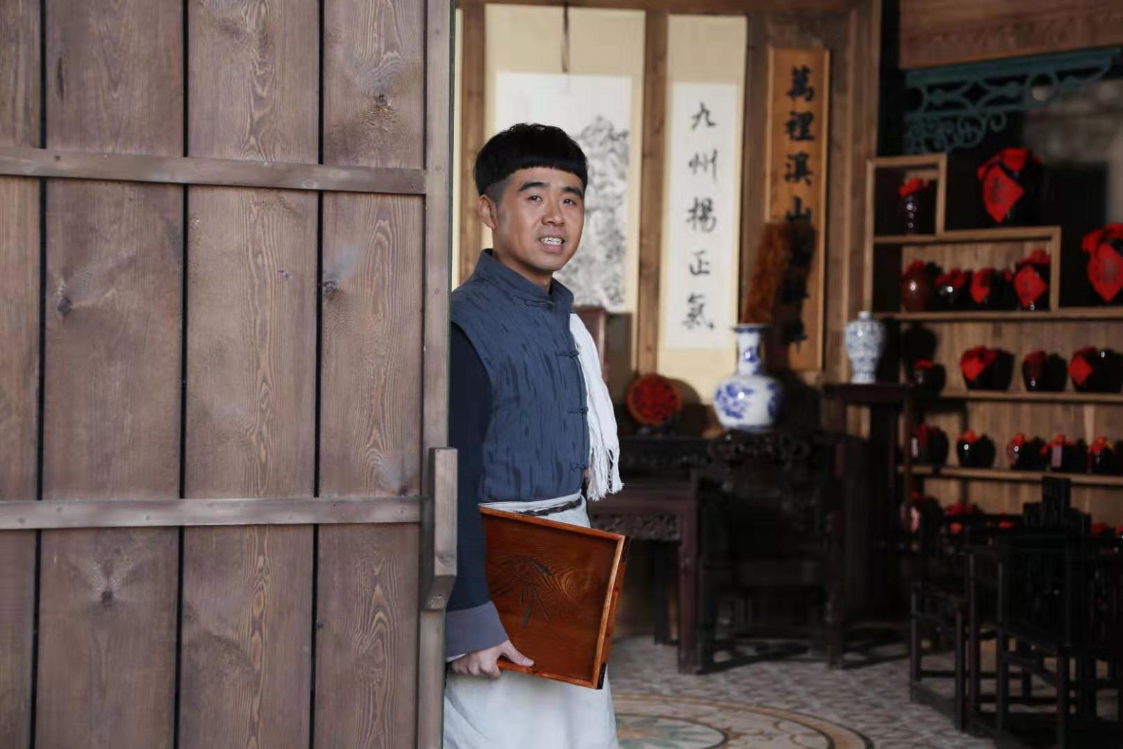 《老酒馆》亮子催泪下线王晓龙奉献精湛表演惹哭网友