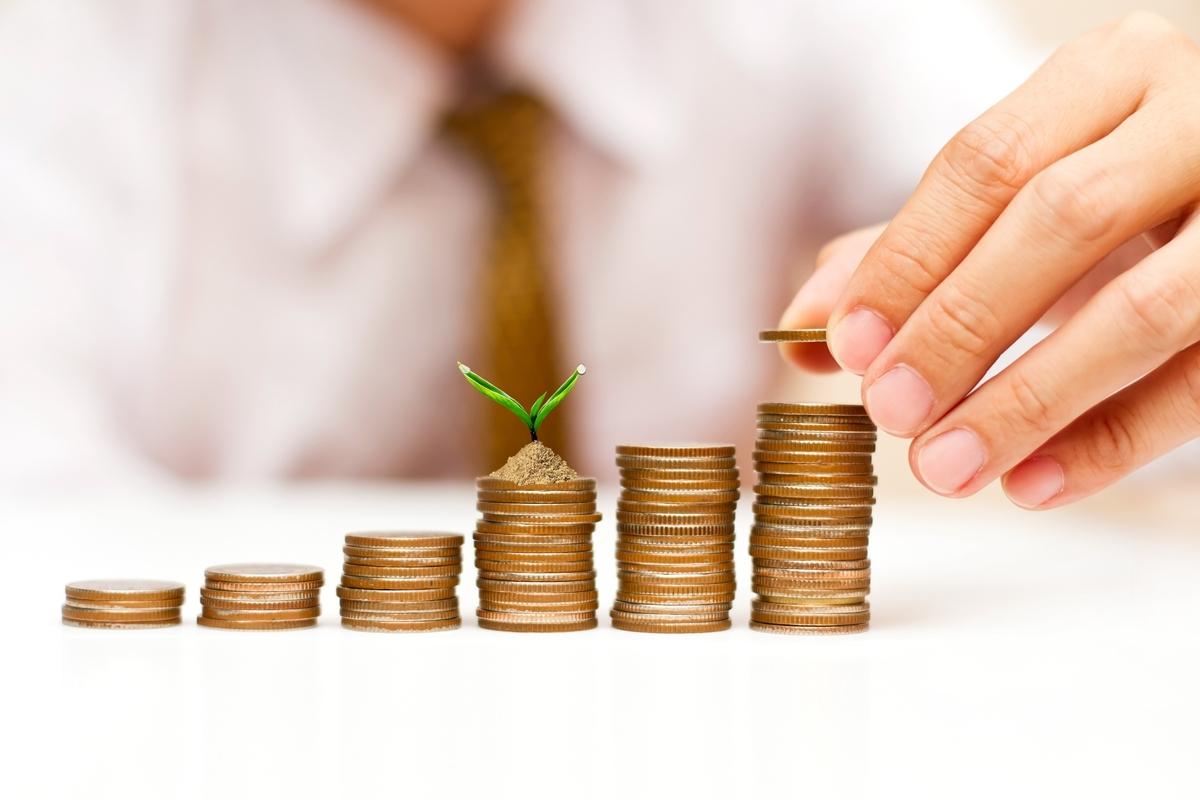 中证报头版:全球资金增配人民币资产大潮初起