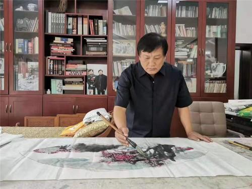 翰墨生辉:著名画家张洪华艺术魅力