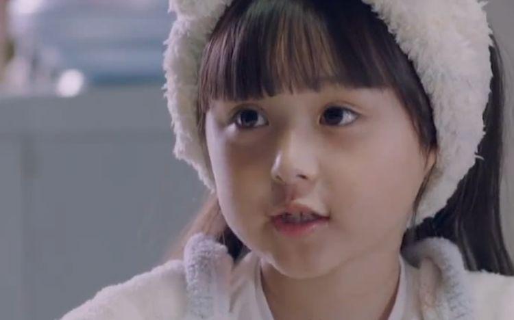 她6岁出道演技爆表,因太漂亮被观众禁止整容,近照曝光引起轰动