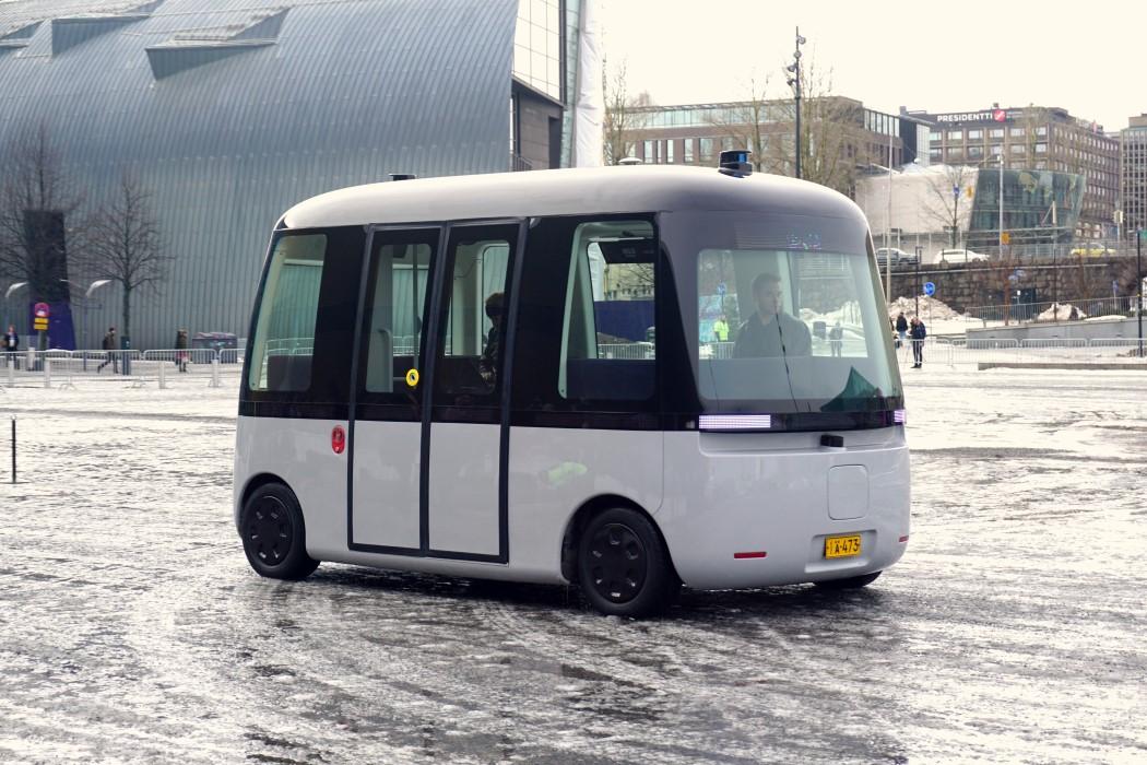 无印良品联合SENSIBLE 4,推出全球首款全自动巴士,好可爱