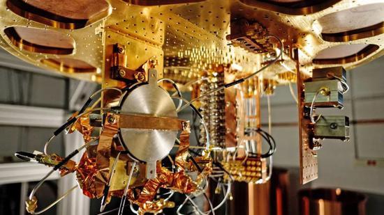 量子霸权实现?谷歌3分20秒完成世界第一超算万年运算的照片 - 6