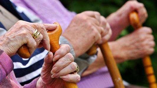 江苏70%的老人每月花费不到200元购买养老服务