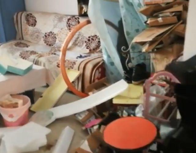 女网红租房突然消失 留下满屋垃圾与狗屎的照片 - 5