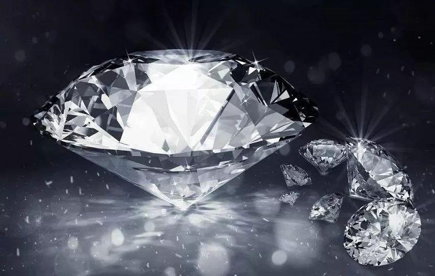 原创颜色暗绿!科学家发现南非钻石内含从未见过物质,或比钻石更值钱