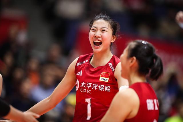 原创中国女排替补副攻成隐患,明年奥运所剩时间无几,三替补或要更换