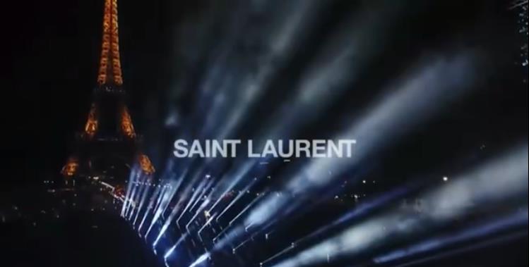 在SaintLaurent的黑色秀场上,小鬼是人群中会发光的绿发CoolBoy