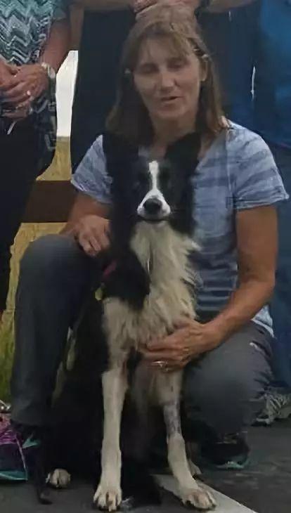 狗狗被雷声吓到跑丢,她毅然辞职,开始了长达57天的寻狗之旅