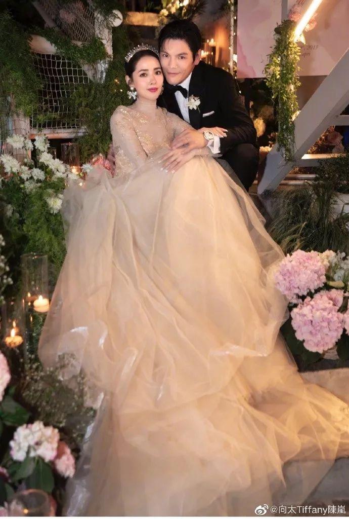 郭碧婷向佐一場婚禮的商業贊助,居然勝過周杰倫發新歌