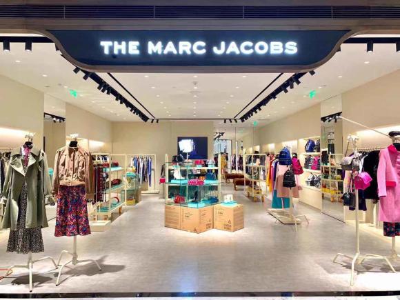 MARC JACOBS 北京SKP新店重装开业 遇见华丽优雅的秀场时装