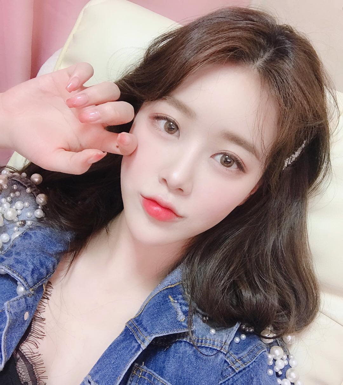 韩国美女模特,秀色可餐,清丽佳人合辑23张