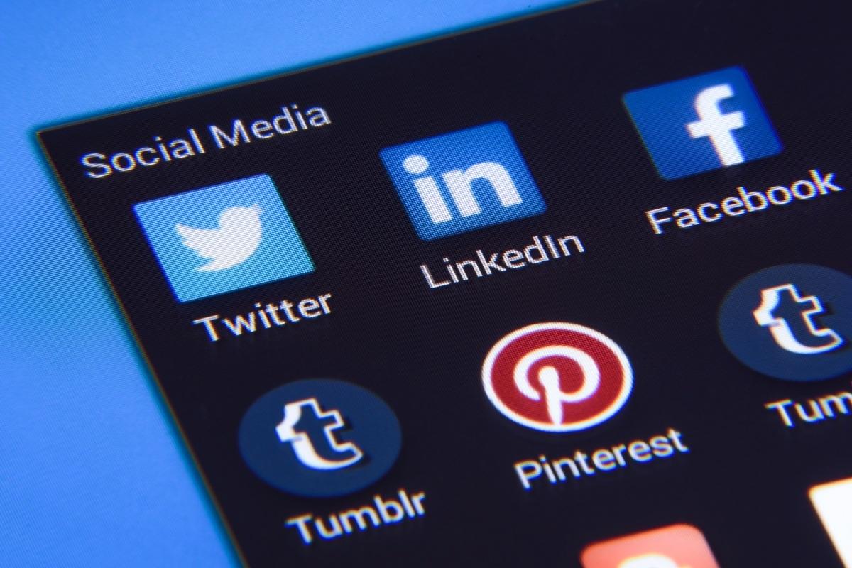 扎克伯格强烈抵制拆分脸书,为啥美国那么喜欢拆分大公司?的照片 - 2