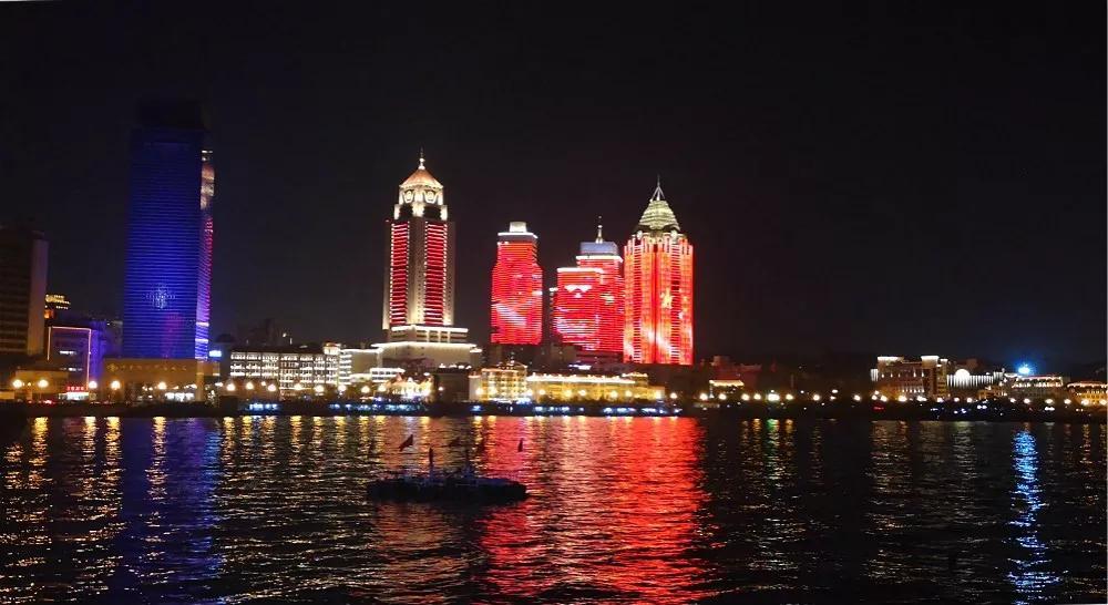 【新中国成立70周年利亚德巨献】为你欢呼,为你自豪
