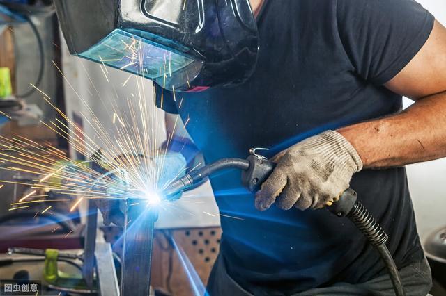 制造業現狀,全民高學歷模式已經失敗了嗎?