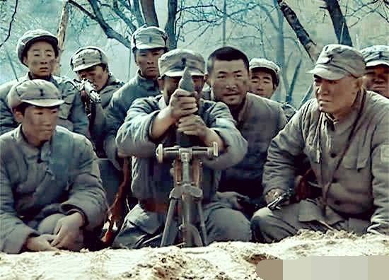 原創《亮劍》中,李云龍吹得震天響的新一團,怎么就一門迫擊炮?