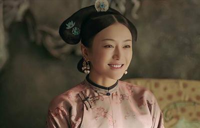 秦嵐:瓊女郎出身,是黃曉明陸川前女友,38歲未婚單身仍相信愛情