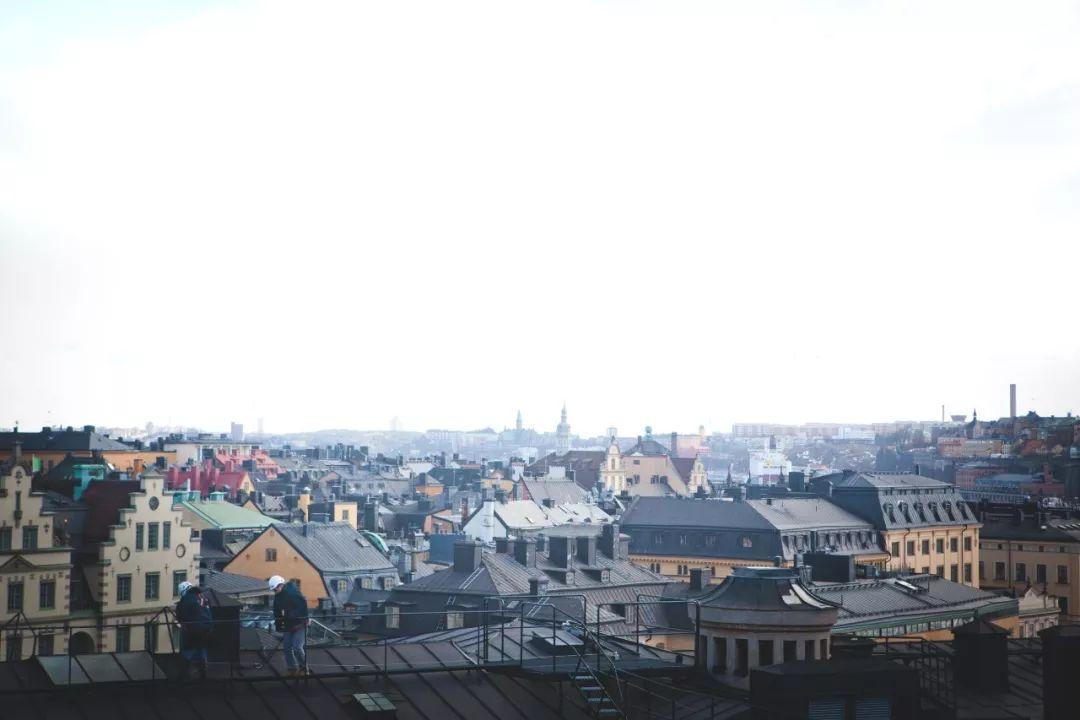 老城屋顶徒步