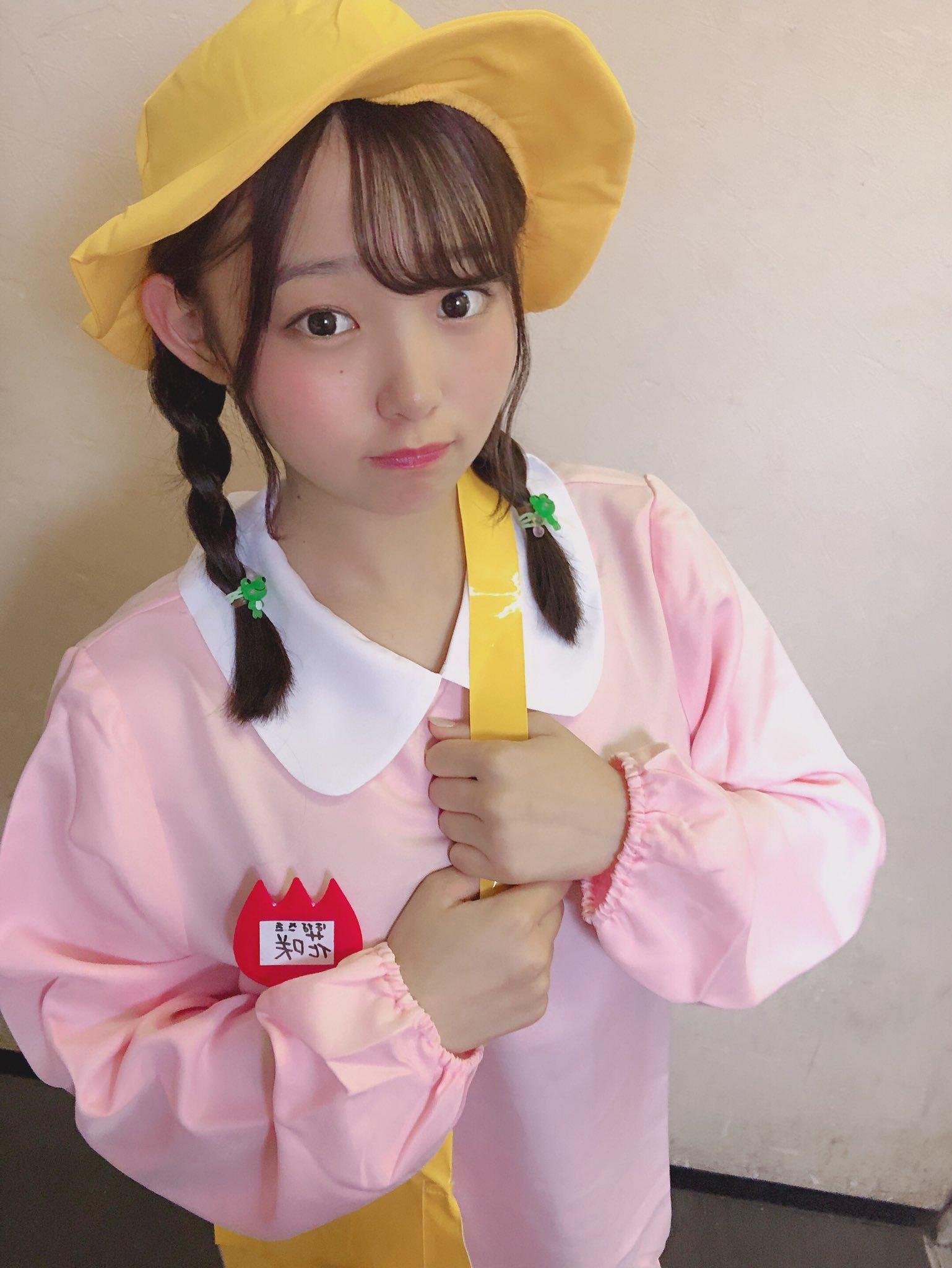 [无言说妹子]17岁真童颜巨波妹@花咲ひより ,笑着奉上白嫩大包包可爱到不行!