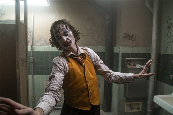 《小丑》票房有望改写影史记录的照片 - 2