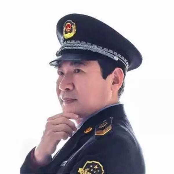 画家李伟——丹青绘山河