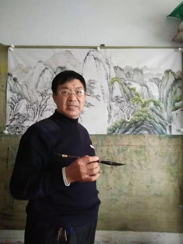 鲁铁仁当代画家——意象万千 墨色妍雅