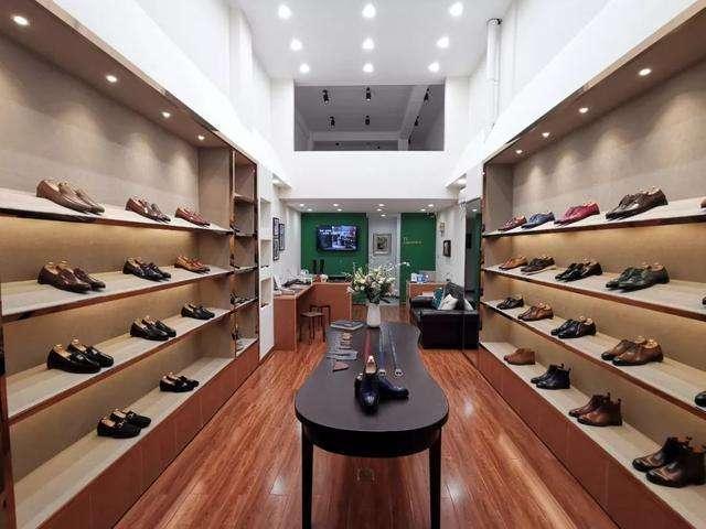 """万双鞋免费送,居然还能倒赚70万,这样的方法你知道吗?"""""""