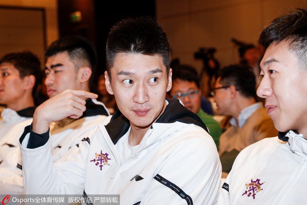 孙悦:新赛季将更多的帮助年轻球员 CBA已无弱旅