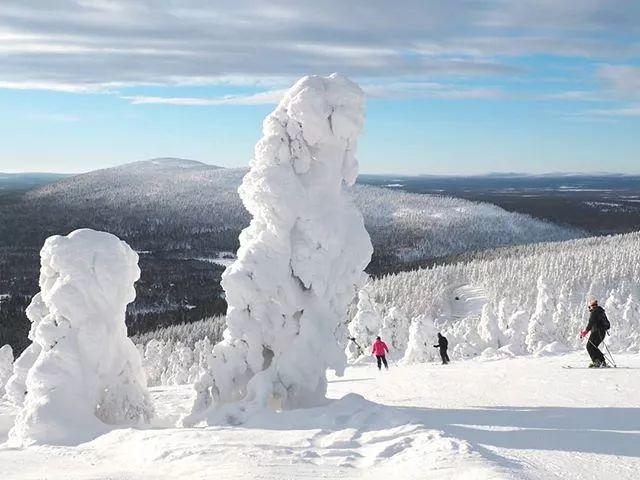 芬兰列维滑雪场 美得无常的雪坡